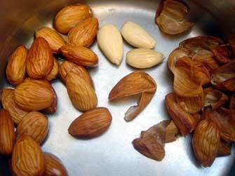 peelingalmondsparis.jpg
