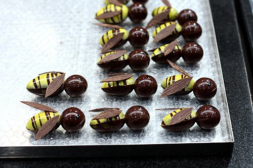 chocolate bees