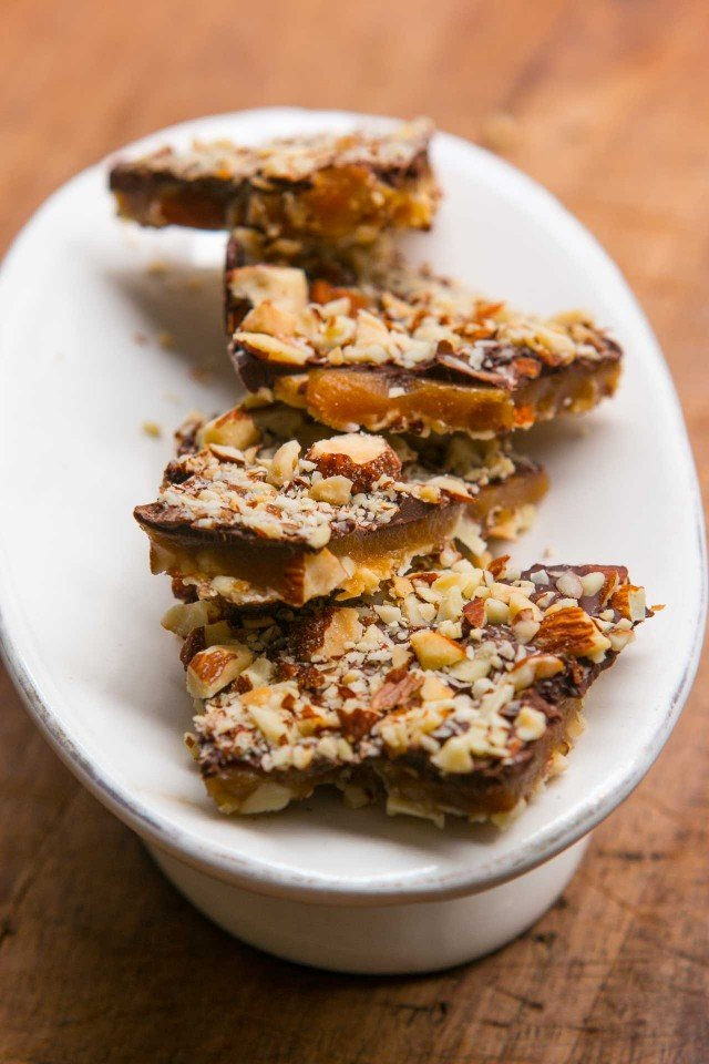 chocolate almond buttercrunch candy recipe