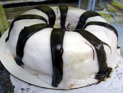 Black & White...Cake!