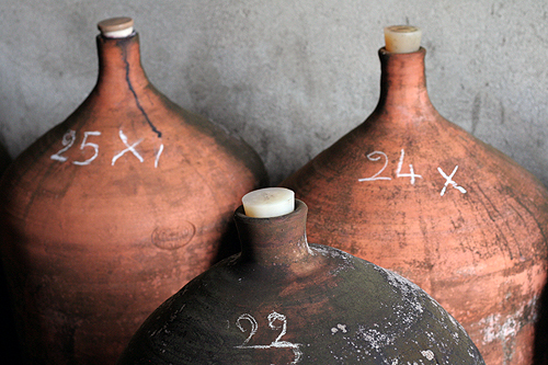 clay wine jugs