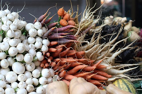 market carrots and turnips