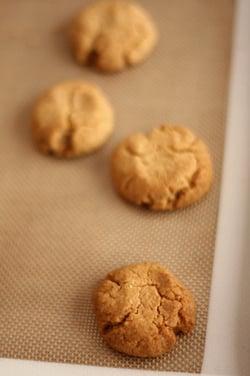 tahini cookies