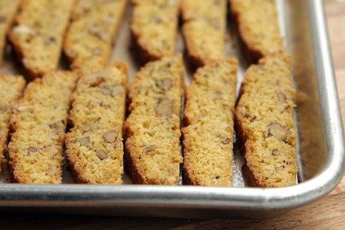 sliced cornmeal biscotti