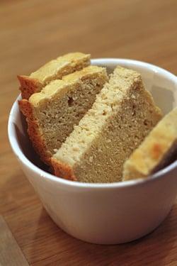 gluten-free bread at Noglu restaurant