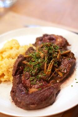 steak with wild mushrooms
