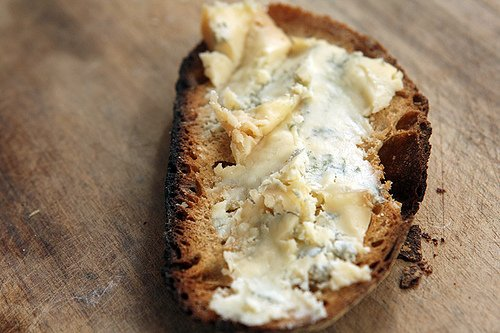 blue cheese toast