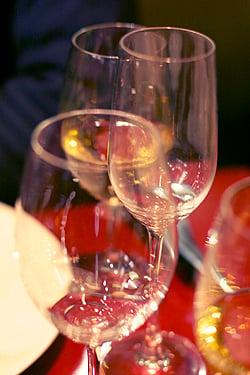6 paul bert - wine glasses