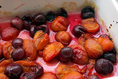 apricot-cherry compote