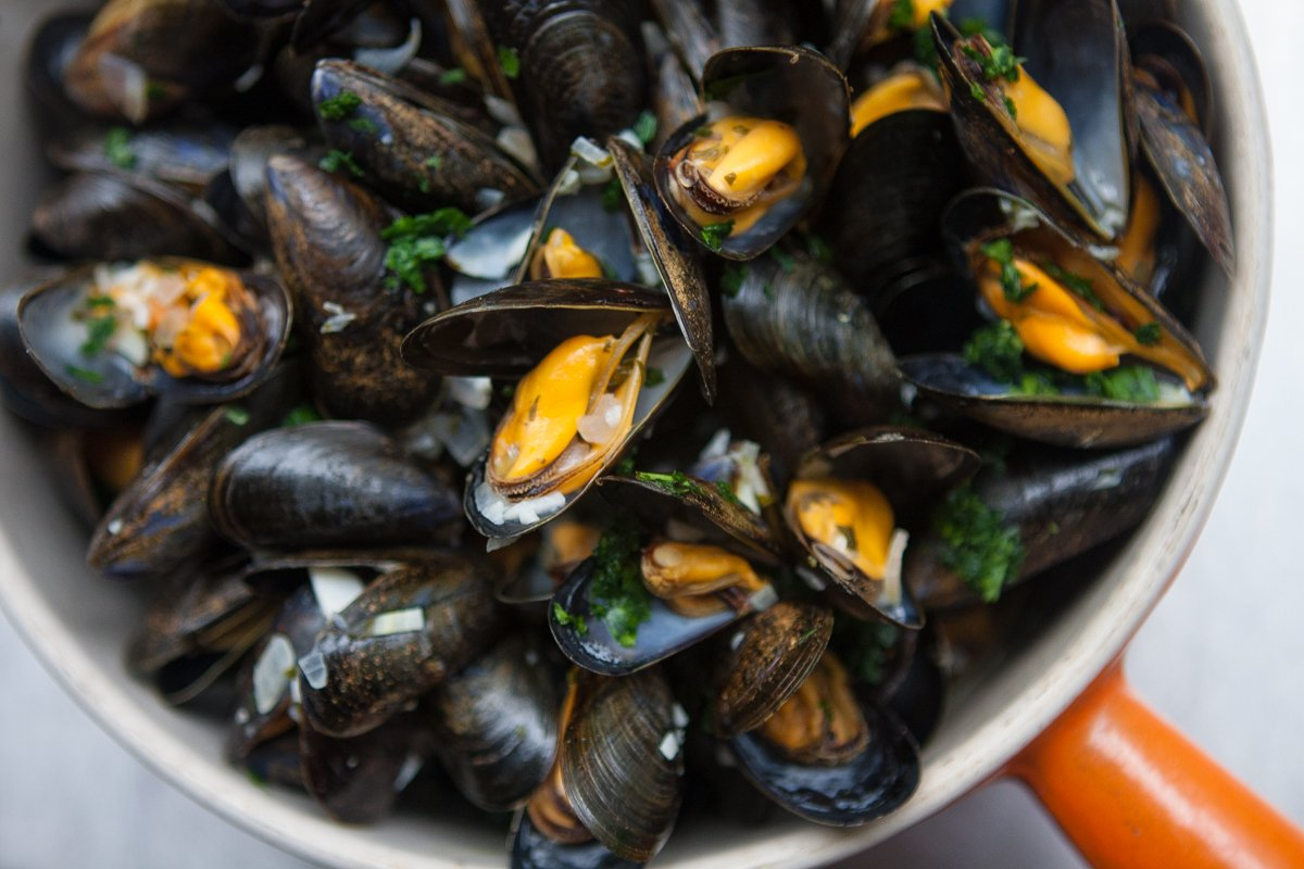 how to eat moules et frites