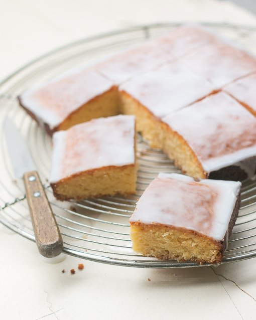 White Chocolate Cake Brownie recipe-11