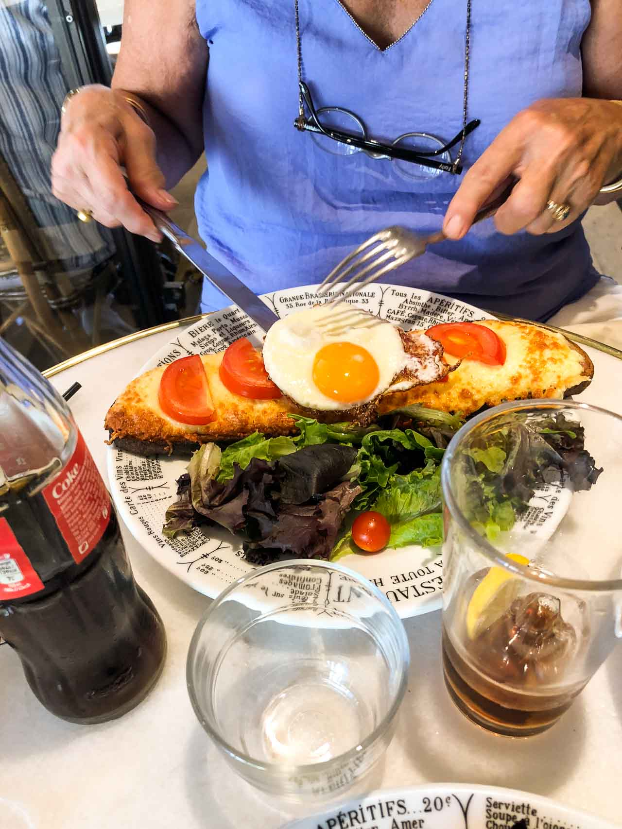 Le Nemrod Paris Cafe