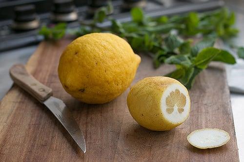 Chickpea, lemon and mint salad