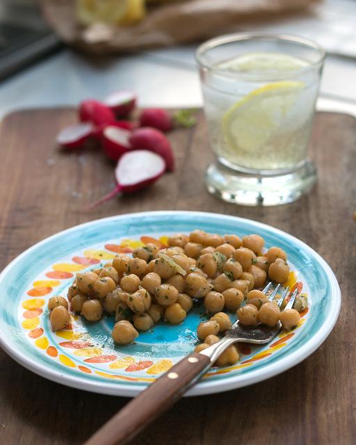 Chickpea, lemon, mint salad recipe