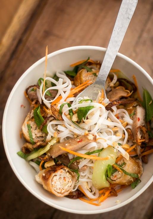 Vietnamese Rice Noodle Salad-9