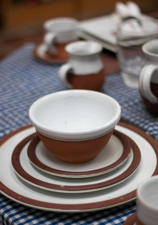 Stephen Pearce Irish pottery dinnerware