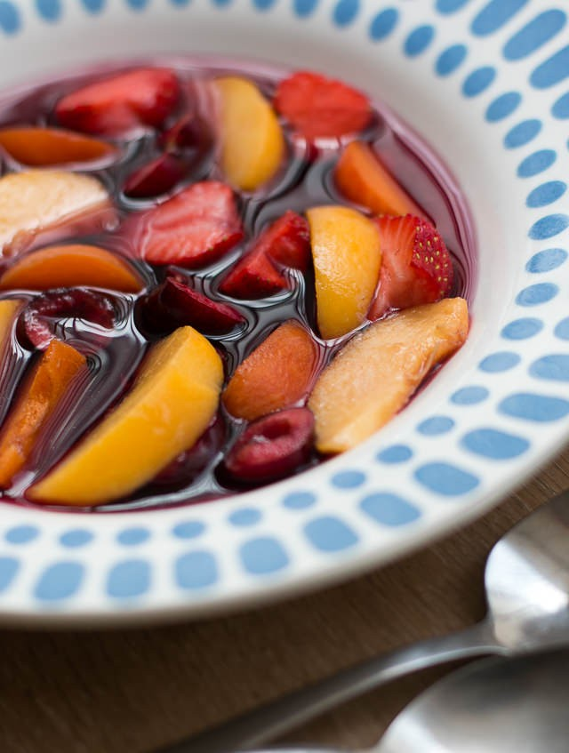 Cherry Leaf Wine Fruit Soup