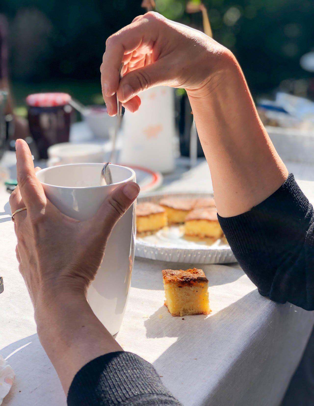 Lemon-Almond Snack Cake