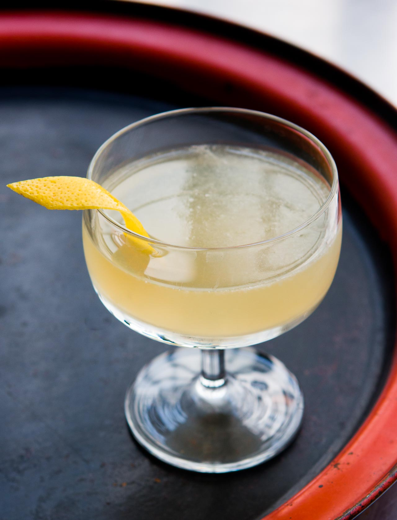 Bee\'s Knees Cocktail